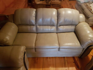 Brand New Leather sofa set/couch set