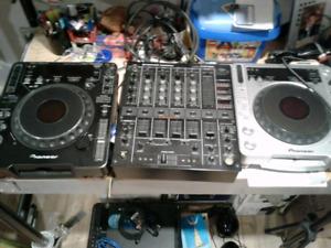 Ensemble Pioneer professionnel mixer cdjx2 800 et 1000