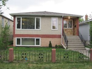 Great Legal Basement Suite Available in Whyte Ave Area!