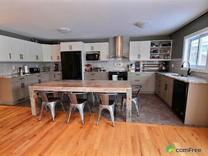 5 Bedroom Large home backing on park,  west end with inlaw suite Kingston Kingston Area image 3