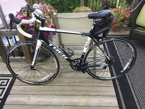 2013 Trek Madone 3.1 carbon frame and all accessories