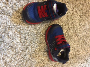 New stride rites size 5 toddler shoes