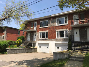 5 1/2 lower duplex for rent in Montreal West (near NDG)