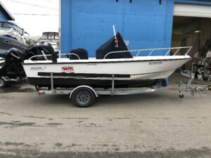 2006 BOSTON WHALER 19' OUTRAGE