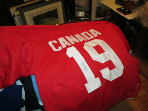Paul Henderson Autographed Team Canada 1972 Jersey