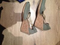 Clarks wedges size 5