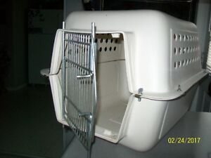 Medium Pet Carrier, fits dog up to 20lbs.