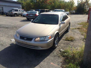 2001 Toyota Camry gold Other