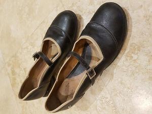 """John Fluevog """"Sandra"""" shoes - black/tan - $75 OBO"""
