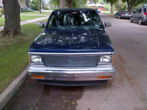 SELLING 1984 CHEVY S10