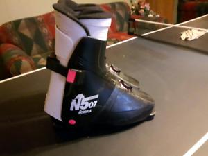 Ski boots size 27