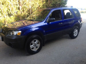 2006 Ford Escape AWD 156K 4CYL clean title local car automatico