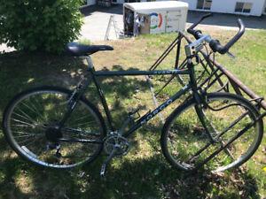 À vendre : Vélo (négociable) Sherbrooke vente rapide