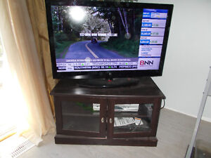 47 inch led,wih stand and vcr