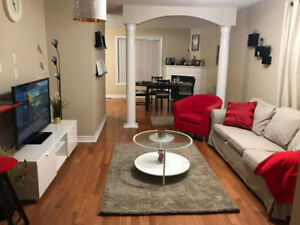 Fully Furnished 3 Bedrm 2.5 Bath Semi Detached Mississauga
