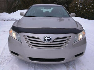 2007 Toyota Camry LE *8 Tires, Low KM, Clean*