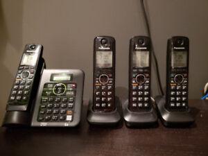 4 Téléphones fil avec répondeur PANASONIC