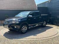 2017 Toyota Hilux 2.4 D-4D Invincible Double Cab Pickup 4WD EU6 4dr (TSS, 3.5t)