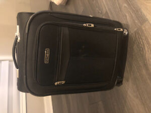 Amazing deal ! 24 inch only $30!! Paid $129!! Samsonite!!