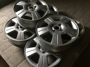 Ford Focus Rims & Accesories