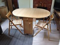 Folding table and 4x chairs