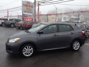 2010 Toyota Matrix Base- 2 year Unlimited km warranty included!