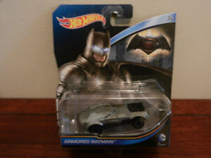 Hot Wheels Batman VS. Superman Armoured Batman Car 1:64