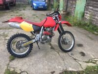 Honda xr400 motorcycle/dirt bike/road legal
