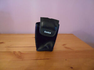 old phones and chargers/konica leather pouch Kawartha Lakes Peterborough Area image 3