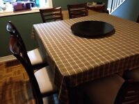 Dinning Table & Hutch
