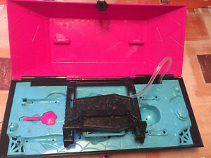 MONSTER HIGH CREATE A MONSTER LAB W/ DOLLS CHRISTMAS West Island Greater Montréal image 2