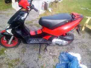 Scooter Kimco super 9 150$