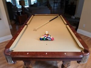Beringer Slate Pool Table - Mint Condition