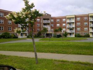 2 Bedroom & Den- Parkland Drive- October 1st
