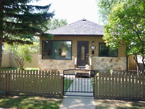 Adorable 2 Bedroom 1 Bath home with HUGE fully fenced lot!