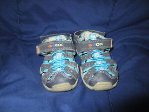 Geox Shoes boys, Size 20 or US 5 ( for 2 year old)