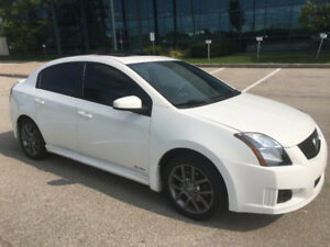 2011 NISSAN SENTRA SE-R *Navi, BackUpCam, Fog Lights, Sunroof*