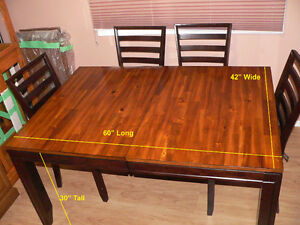 7 Piece Wood Dining Room Table set.