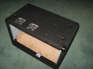 Road Case Equipment Project Box w Fans 10x11x17.5 in. - USED West Island Greater Montréal image 2