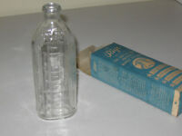 1922-1926 RIGO GLASS BABY BOTTLE 8 OZ IMPROVED NURSER