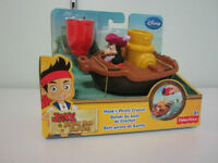 NEW IN BOX, NEVER OPENED Hook's Pirate Cruiser Bath Toy