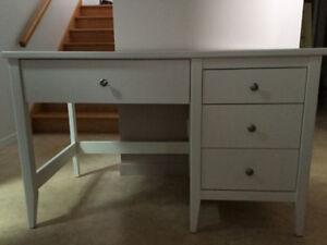 Bureau blanc achetez ou vendez des meubles dans sherbrooke