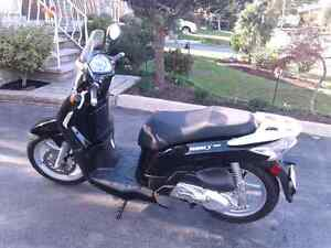 2008 Kymco People S125 Scooter