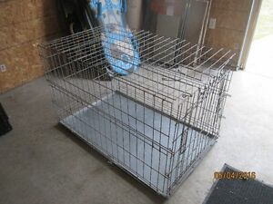 Crates, Kennels, Pet Ramp, Stairs, Cargo Protector, Gate (SPCA)