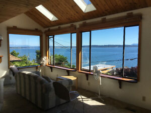 Ocean View House For Rent, 5 mins from White Rock Beach!
