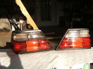 Mercedes OE W124 E320 pair TAIL LIGHT Grey / Red