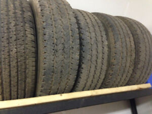 275/70R18 Tires set of 5
