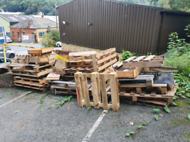 Free fire would or reusable pallets