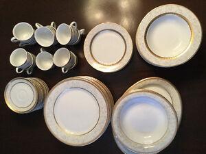 Dinner Party Ready- 12 place setting porcelain-dishwasher safe Stratford Kitchener Area image 2