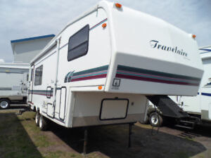 FIFTH-WHEEL GLENDALE TRAVELAIRE 25MGT 1997